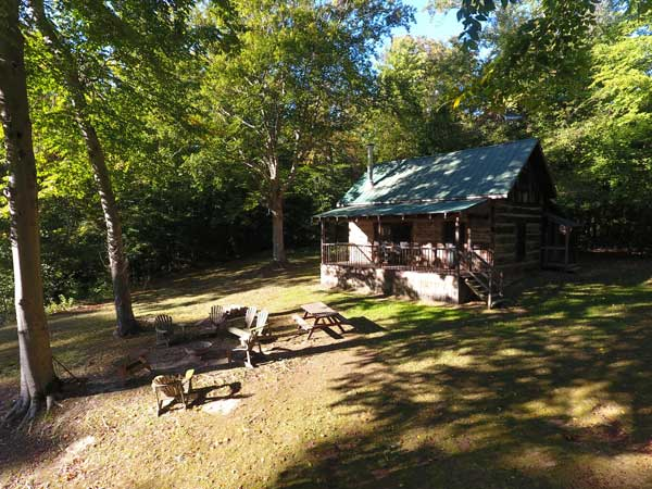Hill 'N Dale Club Cabin